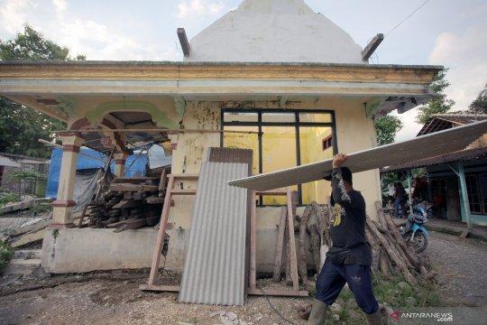 Belasan rumah terdampak pergerakan tanah di Tulungagung