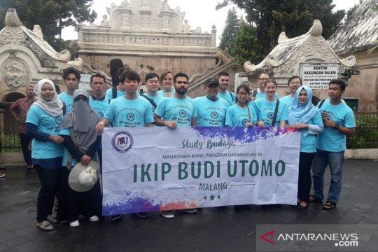 IKIP Budi Utomo ajak mahasiswa asing belajar budaya di Yogyakarta