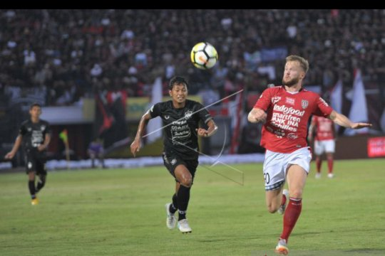 Melvin Platje berjanji kembali ke Bali United demi Piala AFC