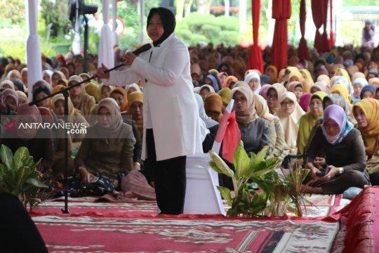 Ribuan pegawai Pemkot Surabaya ikuti doa bersama lintas agama