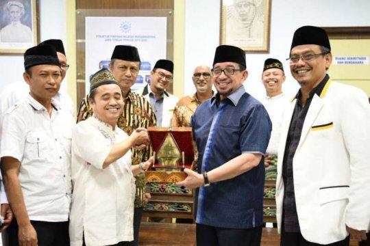 Ketua Majelis Syura PKS bersilaturahmi ke Muhammadiyah Jateng
