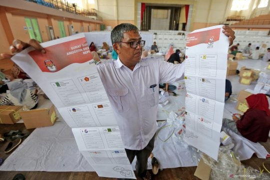 KPU Rejang Lebong siap lipat surat suara Pemilu 2019