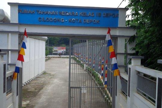 "Rutan Depok pasang ""box layanan self service"""