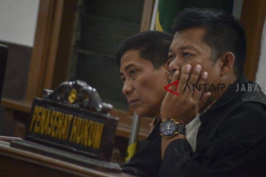 Bupati Cirebon dituntut 7 tahun penjara