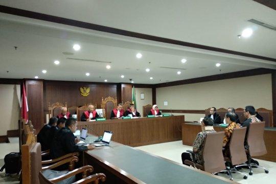 Petinggi Sinar Mas divonis 1 tahun 8 bulan penjara