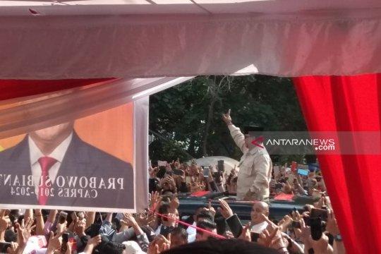 Prabowo janjikan listrik dan sembako murah di Bengkulu