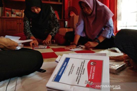 KPU Palangka Raya temukan surat suara tak sesuai