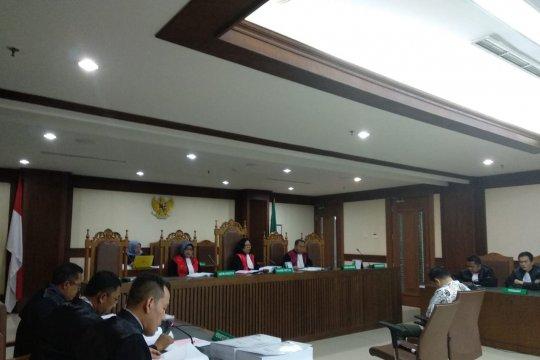 Panitera pengganti PN Medan dituntut 8 tahun penjara