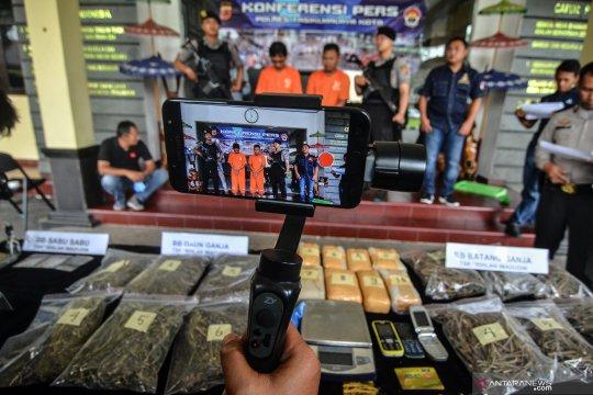 Polresta Tangerang ciduk pengedar narkoba saat transaksi