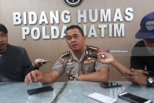 Romahurmuziy dibawa ke Jakarta usai pemeriksaan di Mapolda Jatim