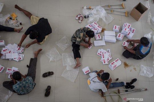 Petugas temukan ratusan surat suara Pemilu rusak