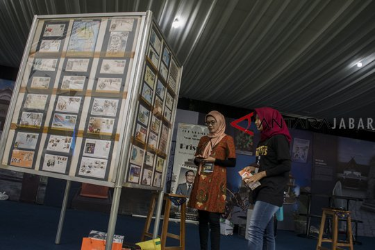 Naskah kuno Indonesia diabadikan dalam seri prangko terbaru