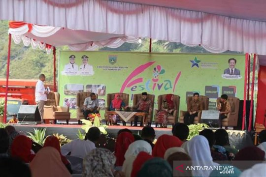 Padang Panjang hadirkan penulis buku laris tumbuhkan minat baca