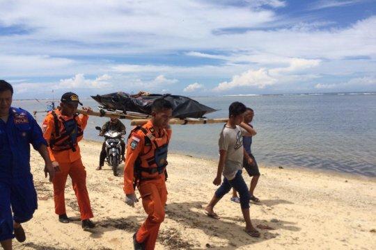 Basarnas temukan nelayan Garut-Jabar terseret ombak sudah meninggal