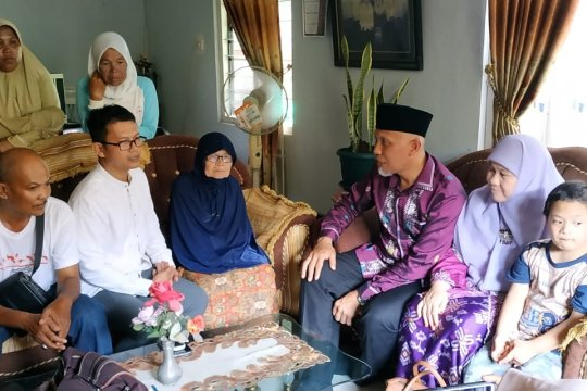Wako Padang, Mahyeldi kunjungi rumah keluarga korban penembakan dalam masjid di Selandia Baru