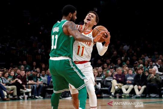 Irving hampir triganda, Celtics tundukkan Hawks 129-120