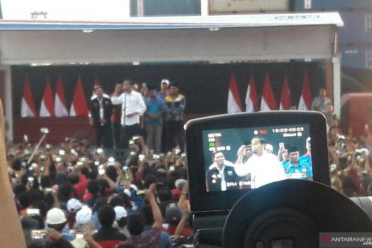 Presiden hadiri Deklarasi Pengemudi Truk pelopor keselamatan