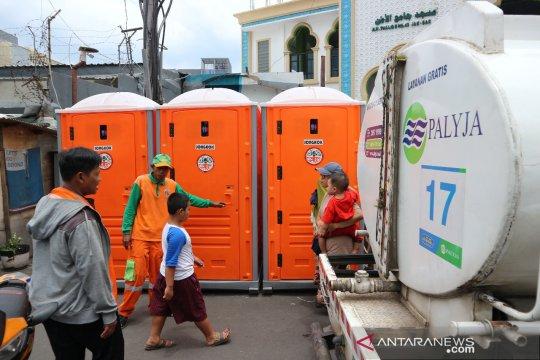 "Toilet ""portable"" disediakan bagi korban kebakaran di Jakarta Barat"