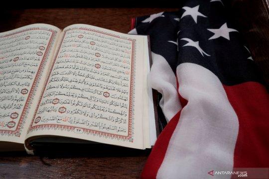Masjid di AS yang dibakar, sisakan grafiti penembakan Selandia Baru