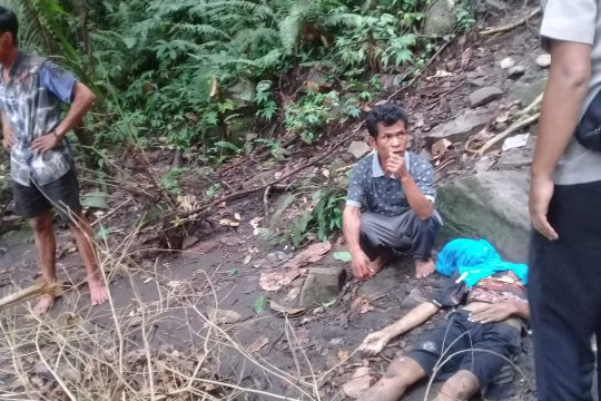 Evakuasi korban meninggal air terjun Tiu Kelep perlu dongkrak batu