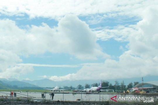 Penumpang di Bandara Wamena melonjak setelah banjir Sentani