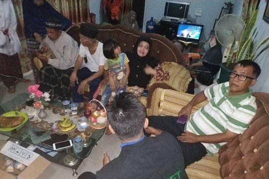 Dompet Dhuafa Singgalang kunjungi keluarga korban penembakan Zulfiman