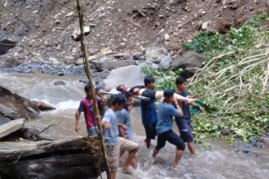 Evakuasi korban longsor Tiu Kelep dilanjutkan Senin Pagi