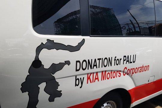 Kia Motor Corp serahkan bantuan pemulihan bencana Sulawasi kepada PMI