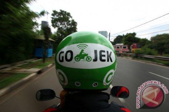 Pengamat: aturan ojek online tak legalkan motor sebagai angkutan umum