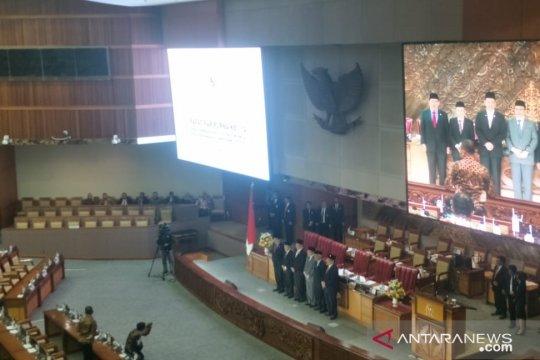 Paripurna DPR setujui dua Calon Hakim Agung