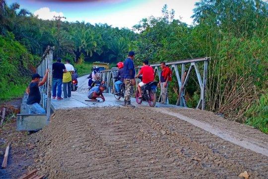 Pemkab Sambas pastikan jalan perbatasan aman untuk mudik Lebaran
