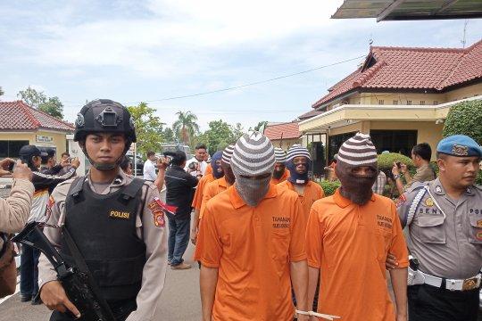 Ecerkan Judi Togel Seorang Nenek di Indramayu Diciduk Polisi