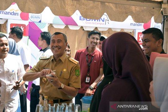 Gubernur Riau imbau warga tak liburan saat hari pencoblosan Pemilu