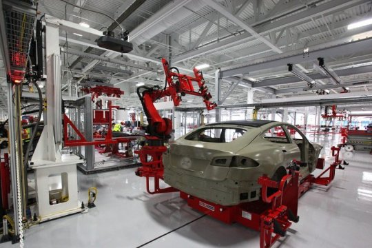 Tesla ingin operasikan pabrik California, tapi dilarang pemerintah