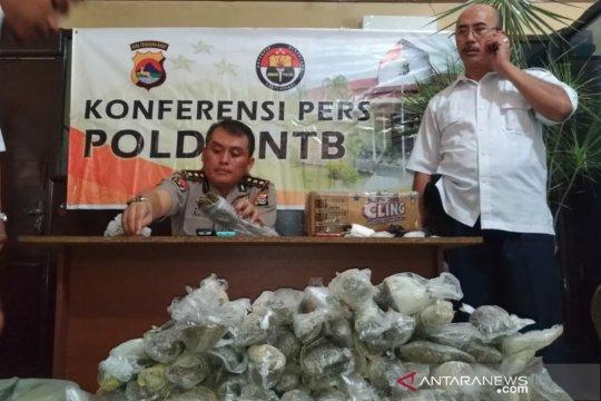 Polisi NTB amankan 5,04 kilogram ganja dalam jeriken