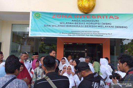 Jemaah First Travel Kecewa Terdakwa Tidak Hadir dalam Persidangan