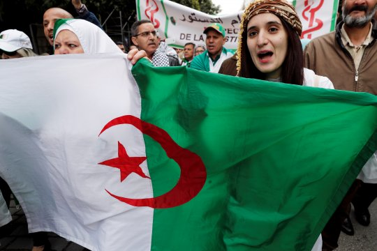 Bouteflika mengundurkan diri sebagai presiden Aljazair setelah didemo