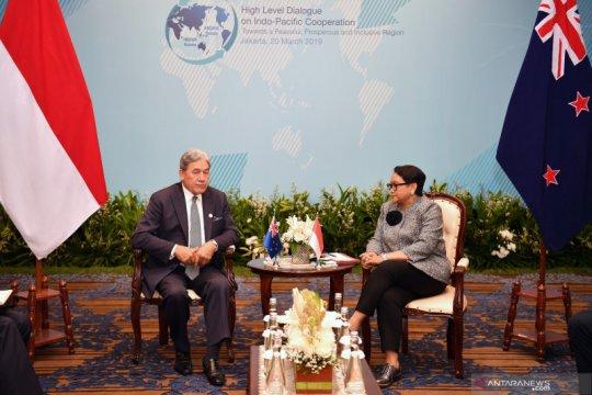 Selandia Baru akan tinjau kembali hubungan dengan Hong Kong