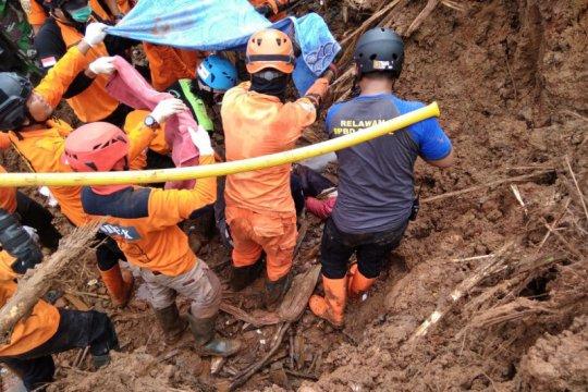 Dua korban tertimbun tanah longsor di Bantul ditemukan