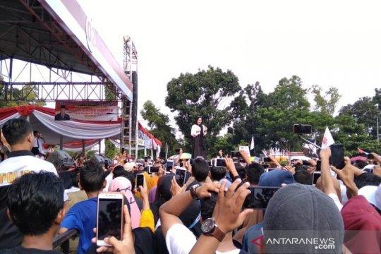 Prabowo batal hadir massa antusias bersholawat bersama Sabyan Gambus