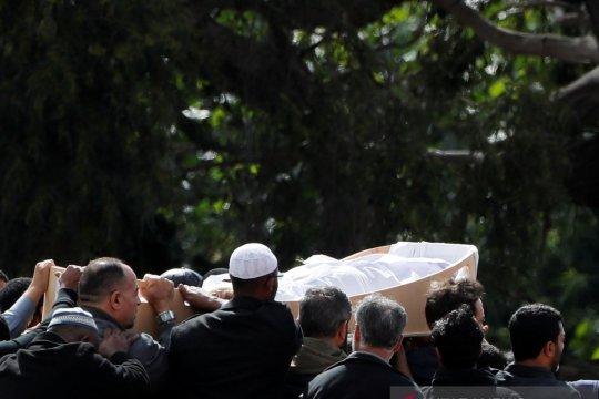 Selandia Baru mulai pemakaman korban penembakan masjid
