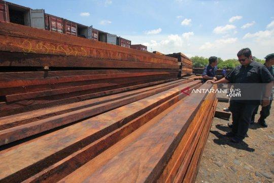 DPR apresiasi KLHK terkait pengungkapan kasus kayu ilegal