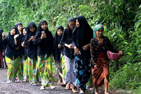 Pendidikan karakter anak di desa