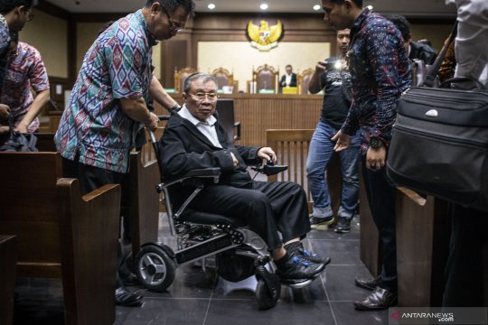 Sidang perdana kasus dugaan suap Kementerian PUPR