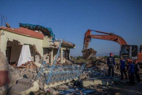 Turki barat daya diguncang gempa 5,7 magnitudo