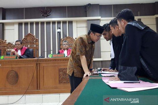 Jaksa sebut Taufik Kurniawan kirim orang untuk pengaruhi saksi