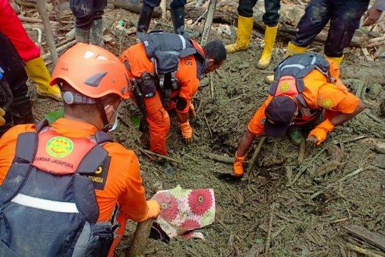 Tim DVI Polda Papua berhasil identifikasi 61 jenazah korban