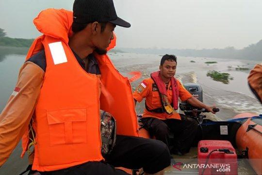 Korban sampan terbalik Rokan Hilir-Riau ditemukan SAR meninggal dunia
