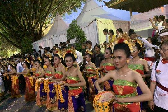 Jokowi diuyel-uyel saat masuk Pasar Badung