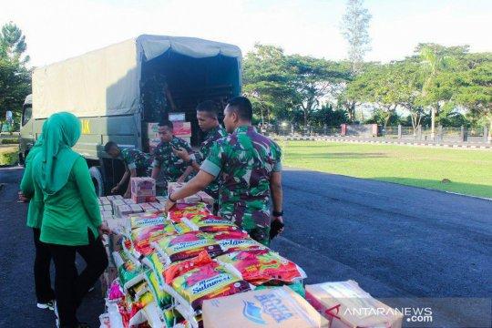 Brigif Kostrad kirim sembako bantu pengungsi Jayapura